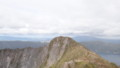 [弟子屈][カムイヌプリ(摩周岳)] アトサヌプリ(硫黄山)、奥にうっすら屈斜路湖@山頂