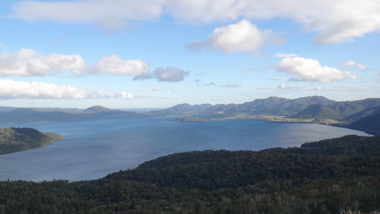 美幌峠から見る屈斜路湖・2