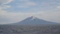 洋上から見る利尻山