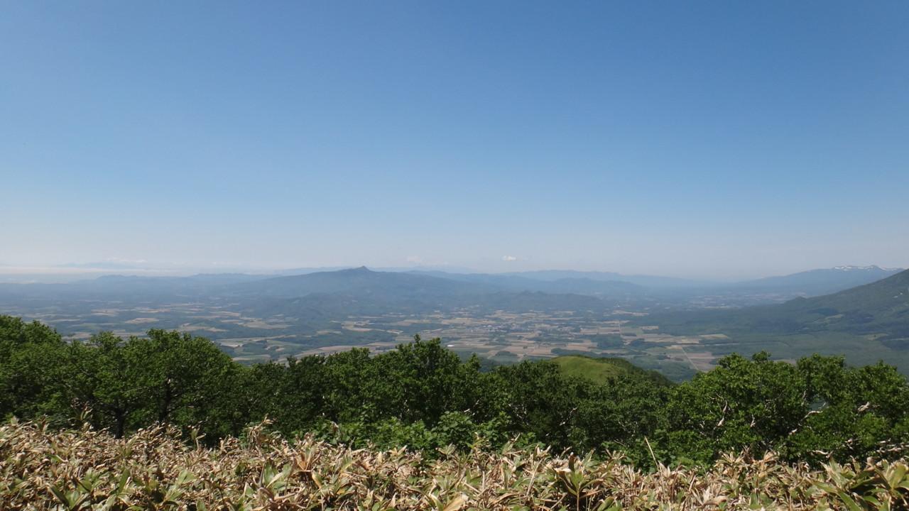 昆布岳・狩場山遠望