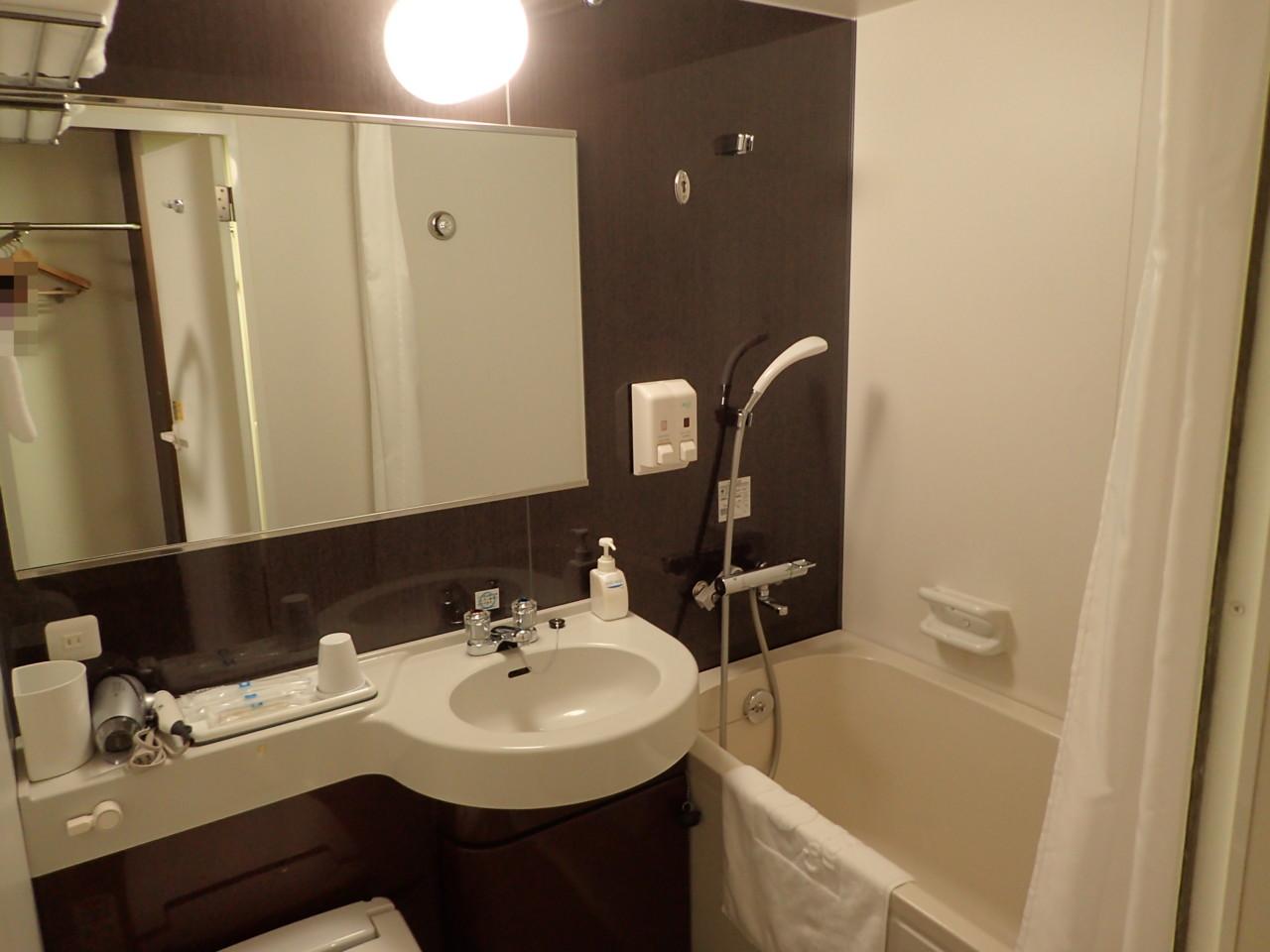 部屋付きバスルーム