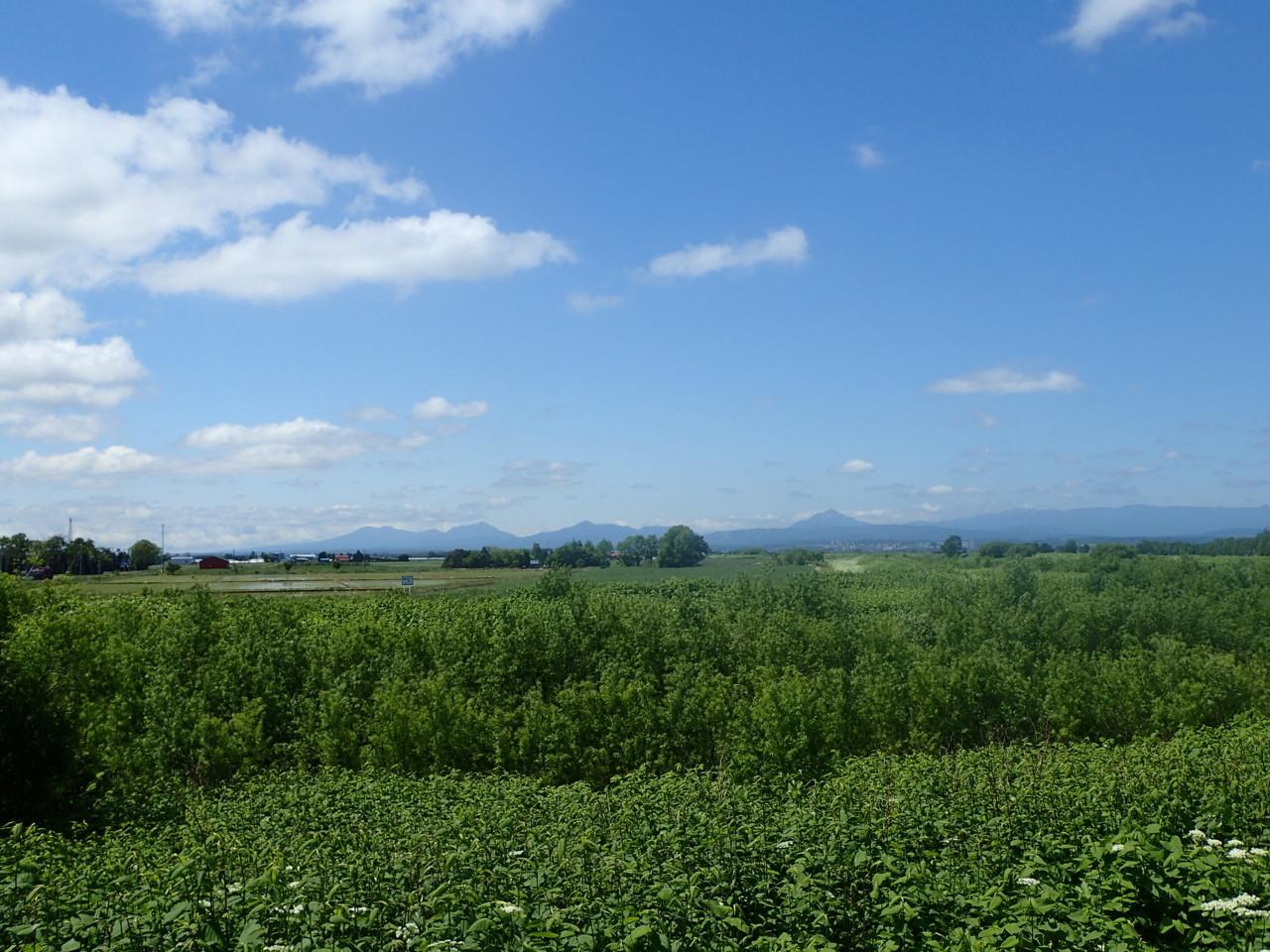 支笏湖の山々