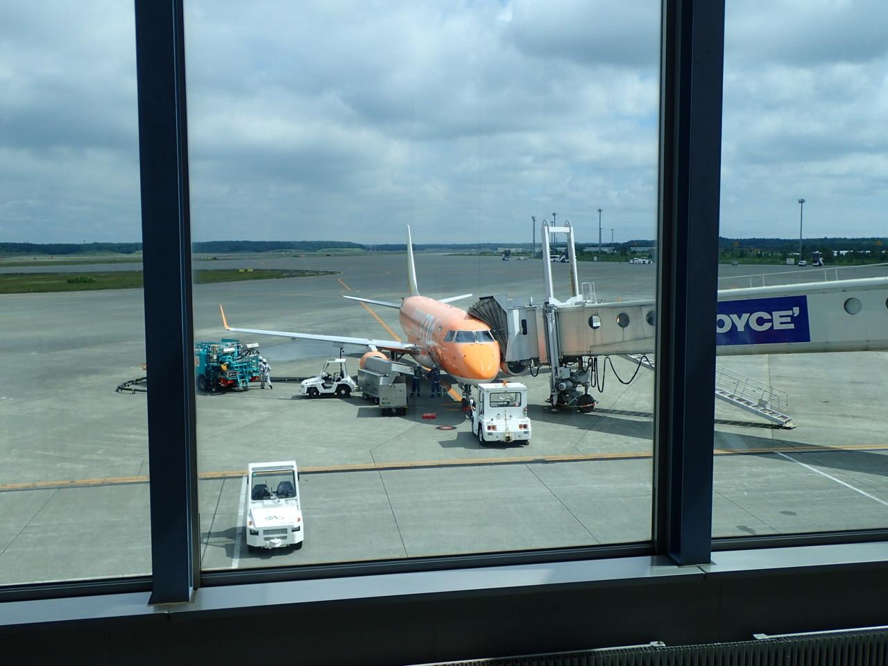 JAL2851便
