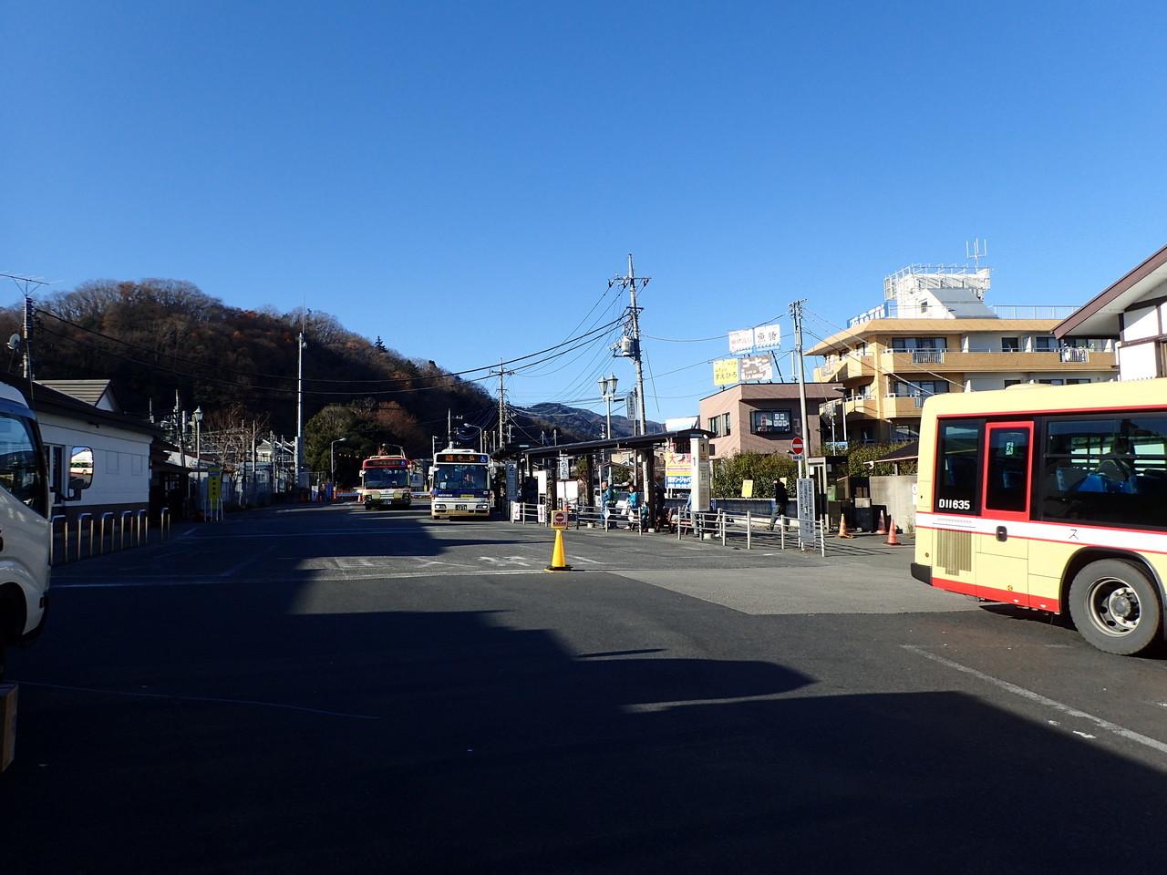 高尾駅北口バス乗り場
