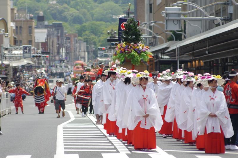 京都新聞写真コンテスト 花笠巡行待機中