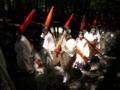 京都新聞写真コンテスト 森を行く最古の神幸列(御蔭祭)