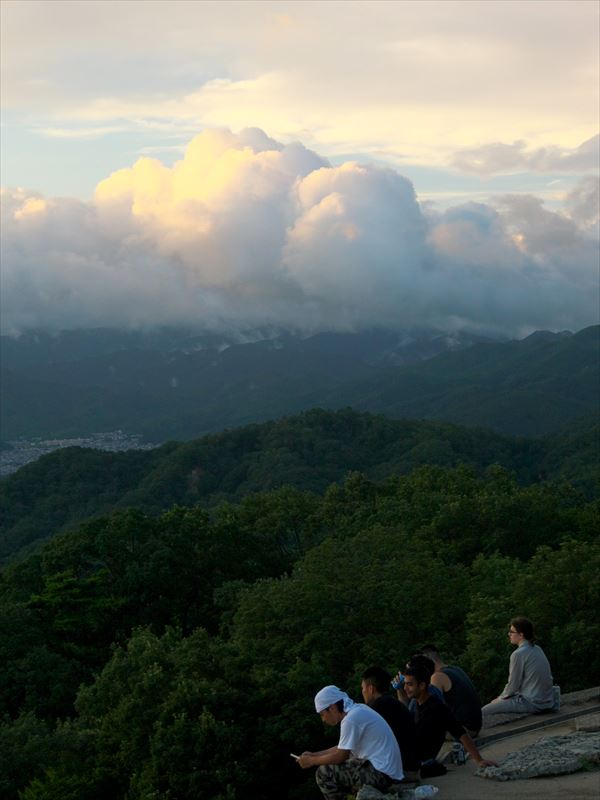 夕日を待つ@大文字山