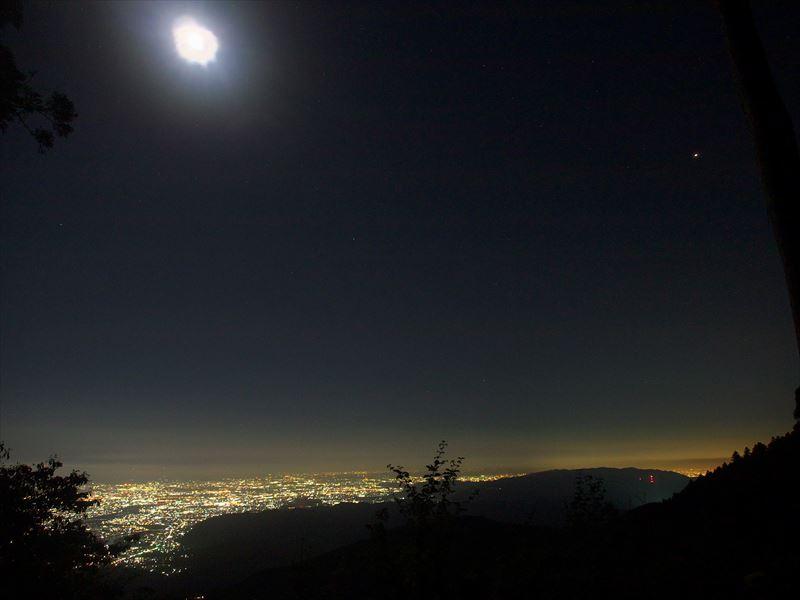 月と火星@愛宕山頂