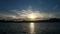 琵琶湖に沈む太陽と幻日