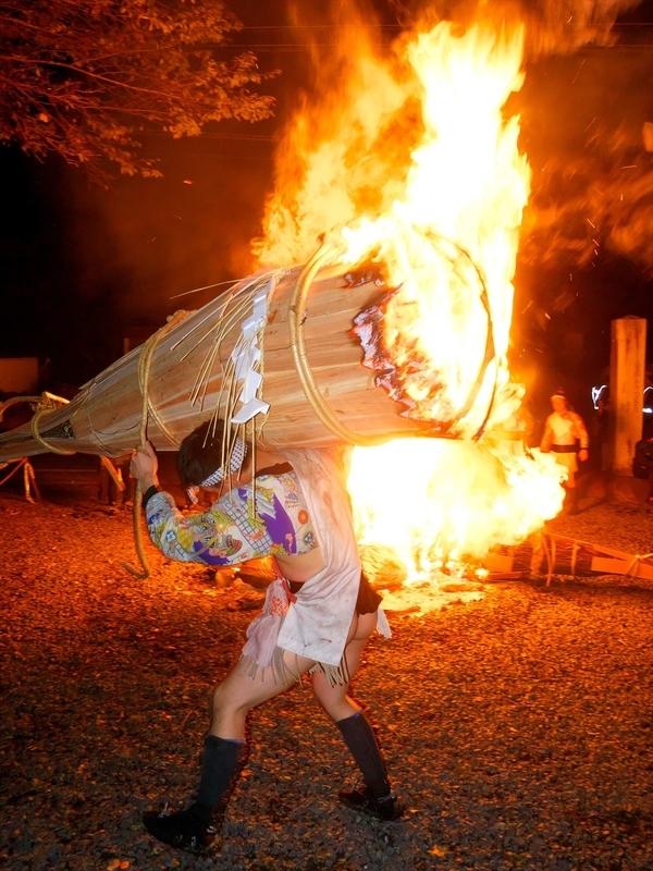 燃え盛る@鞍馬火祭り