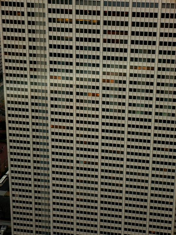 ハチの巣@新宿都庁展望台