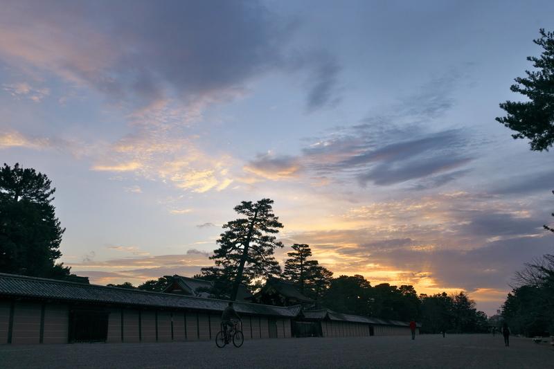 京都御苑の夕景
