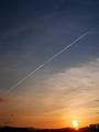 夕空に白線を引く@一乗寺