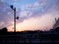 山手線の日暮里駅から見た夕焼け写真