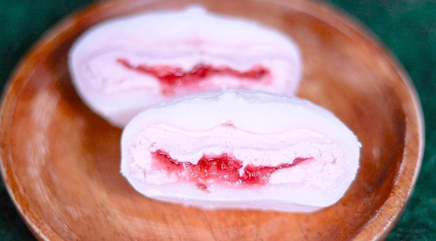 マシュマロ食感!いちごクリーム大福 セブン セブンイレブン