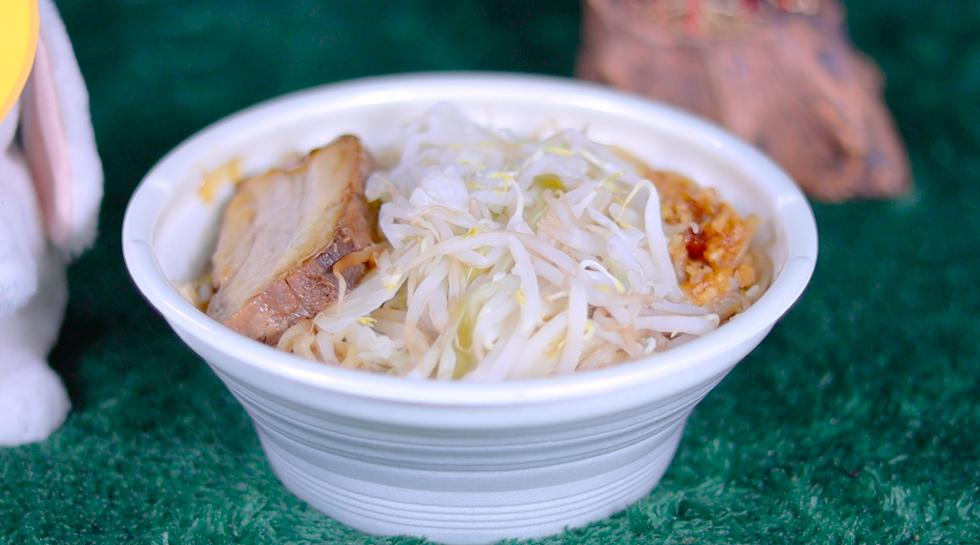 中華蕎麦とみ田監修 ワシワシ食べる豚ラーメン セブン セブンイレブン コンビニ ラーメン