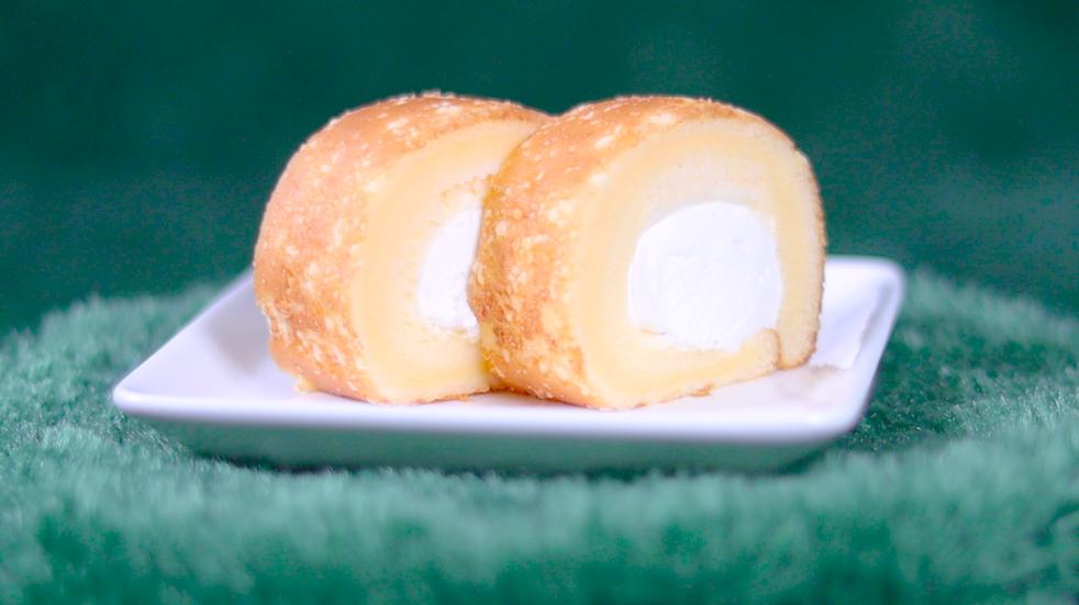 重ねチーズのもち食感ロール ローソン LAWSON コンビニスイーツ