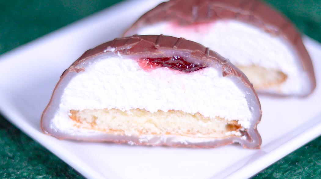 チョコとお餅で包んだケーキ スカイベリー苺入りイチゴジャム ローソン LAWSON コンビニスイーツ ローソンスイーツ スイーツ