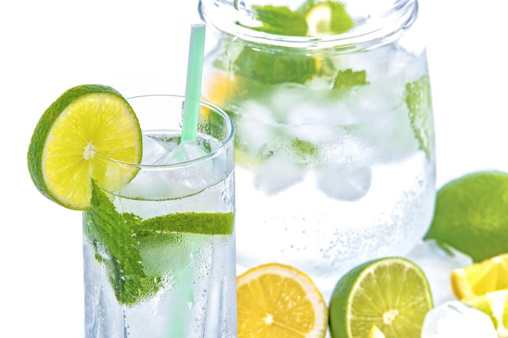 炭酸水を毎日飲むべき理由と正しい飲み方