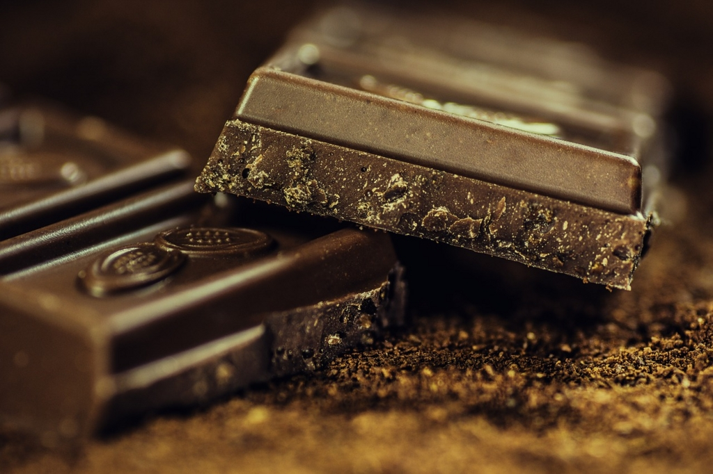 チョコレートを食べると脂肪が燃焼する