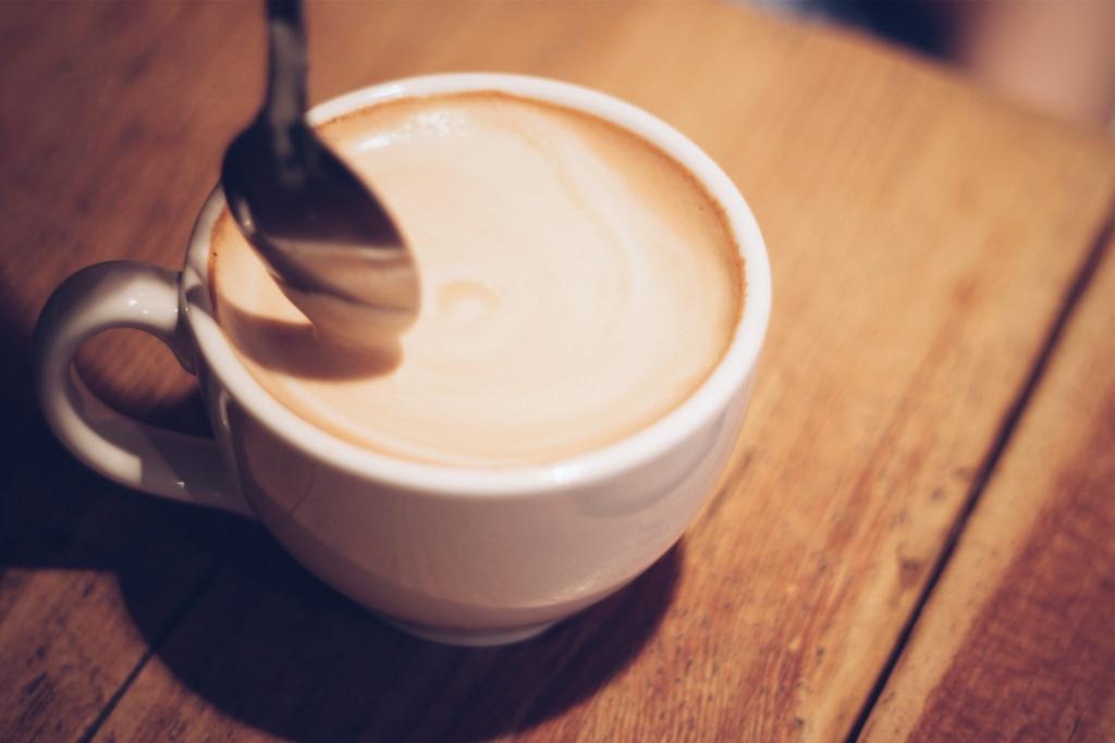 コーヒーを飲むと脂肪が燃焼する