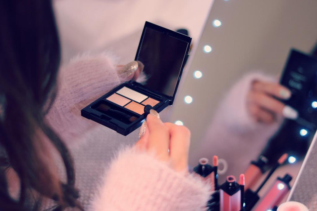 夢に鏡が出る人は自分にコンプレックスを抱いている