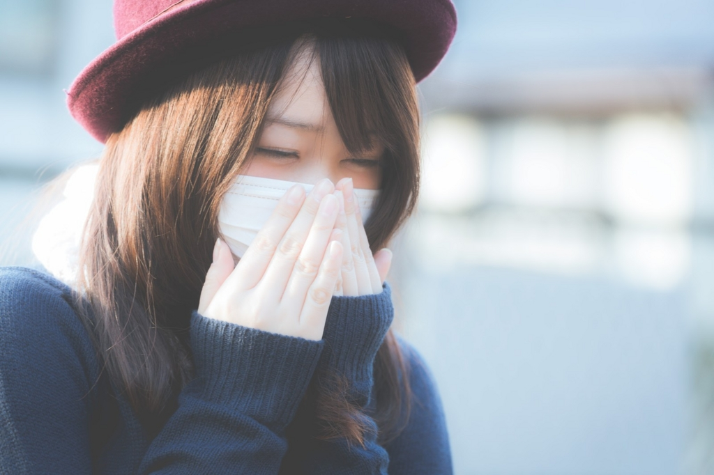 マスクの掃除を怠ると大人ニキビの原因になる
