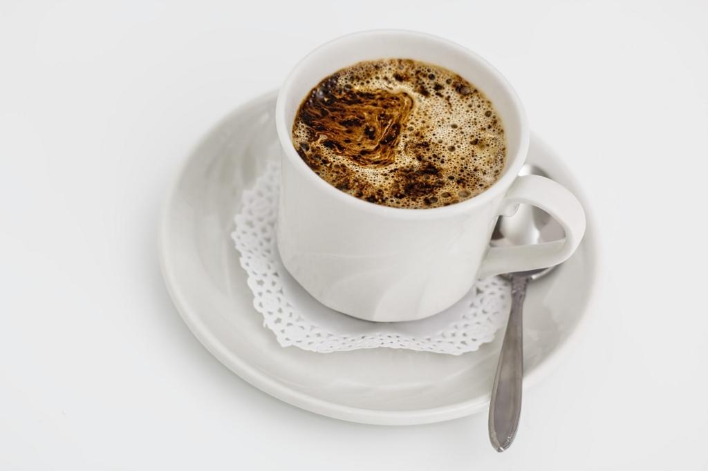 コーヒーを飲むだけダイエットはカフェインやポリフェノールが効果的