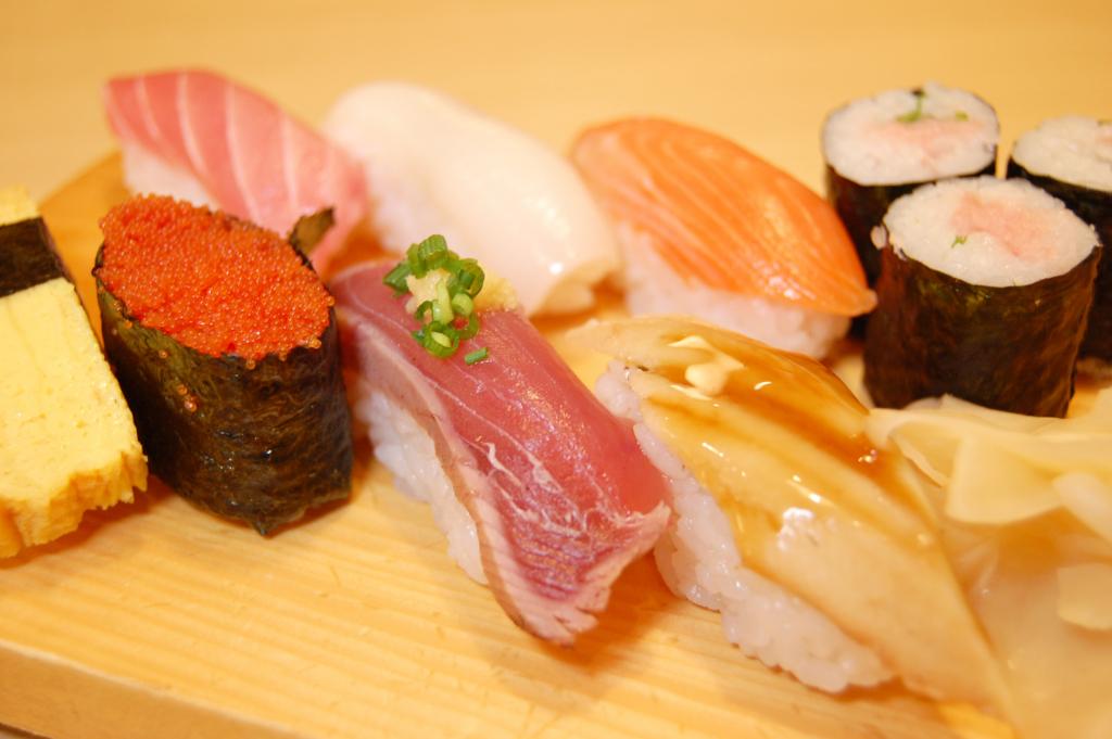 和食のお寿司の正しい食べ方