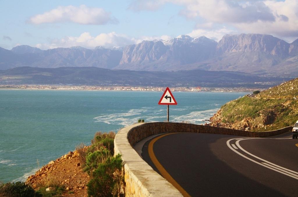 南アフリカはインターネット速度が伝書鳩より遅い!?