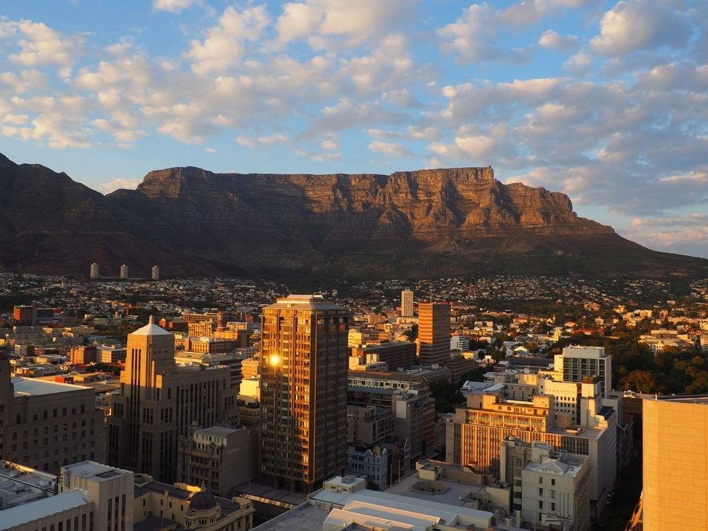 南アフリカのインターネットの遅さは地理的な問題がある