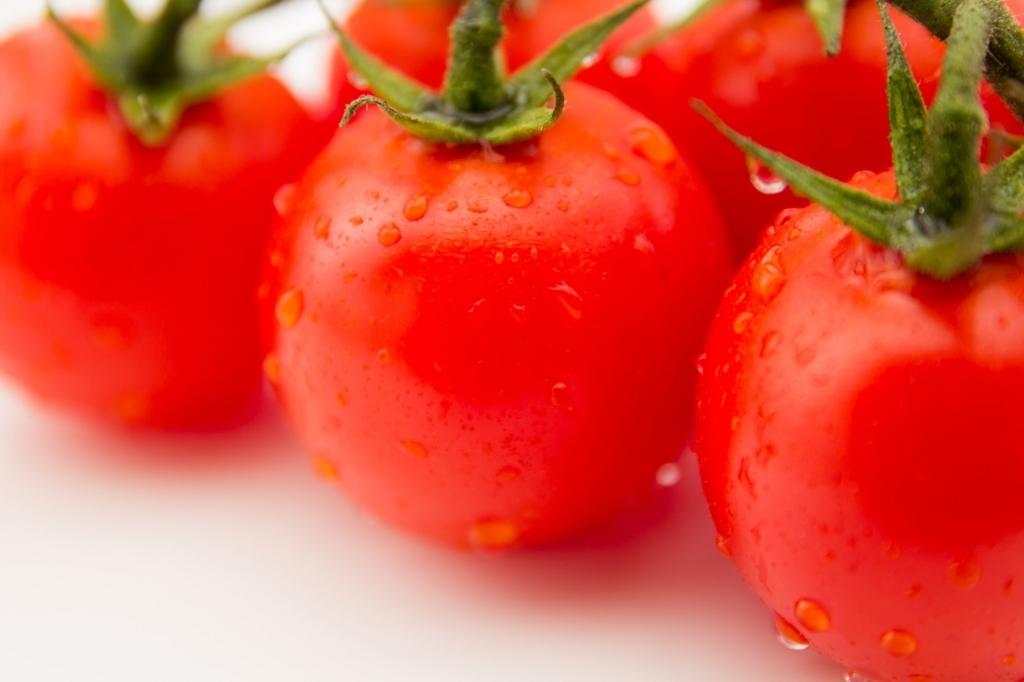 トマトを冷凍するともっと美味しくなる