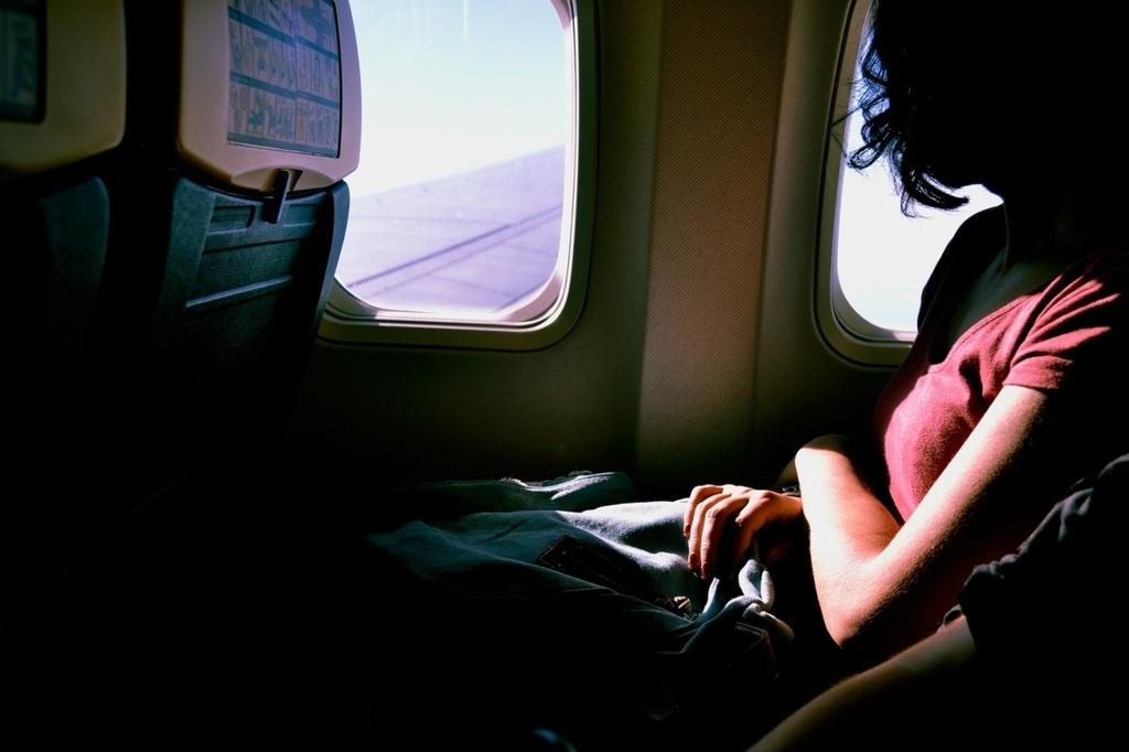 飛行機内の騒音が原因で機内食が美味しくない