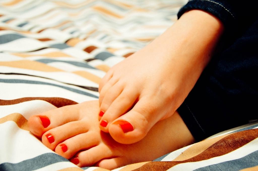 足のニオイを簡単に消す方法
