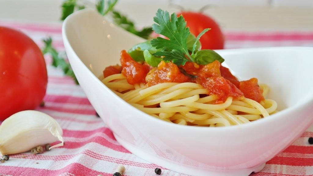 トマトを食べると疲労回復