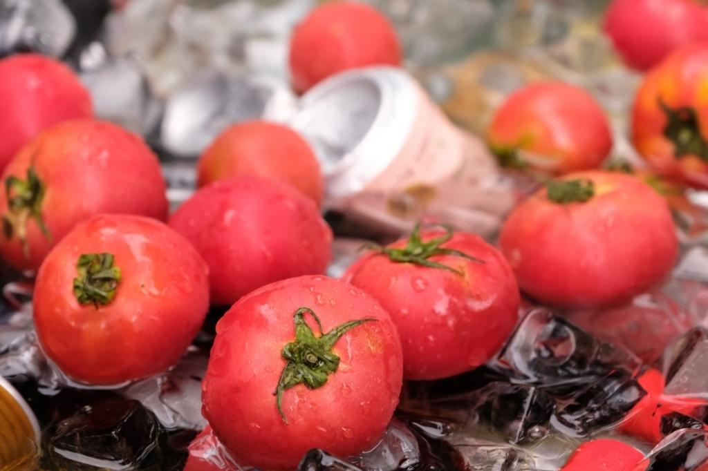 トマトを食べると酔い覚ましになる
