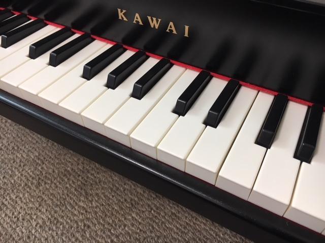 赤ちゃんから楽しめるミニピアノ