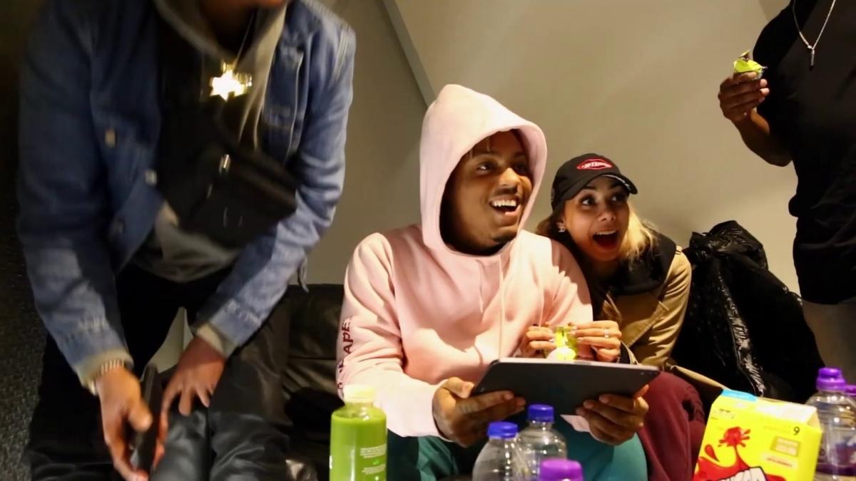 Juice WRLD & Marshmello - Come & Goの歌詞和訳まとめ