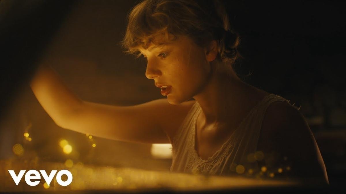 Taylor Swift - cardiganの歌詞和訳まとめ