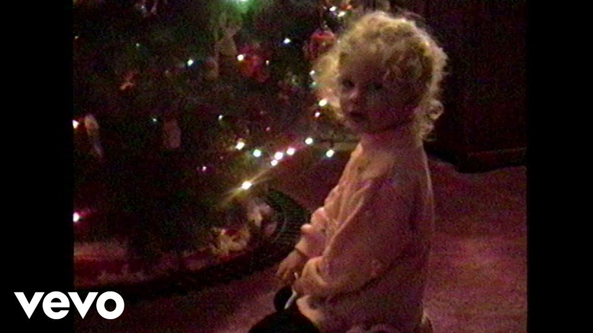 Taylor Swift - Christmas Tree Farmの歌詞和訳まとめ