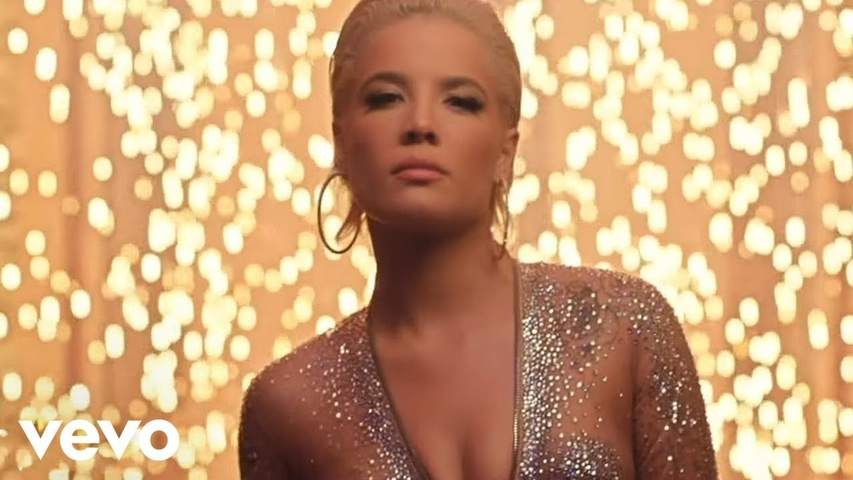 Halsey - Alone feat. Big Sean, Stefflon Donの歌詞和訳まとめ