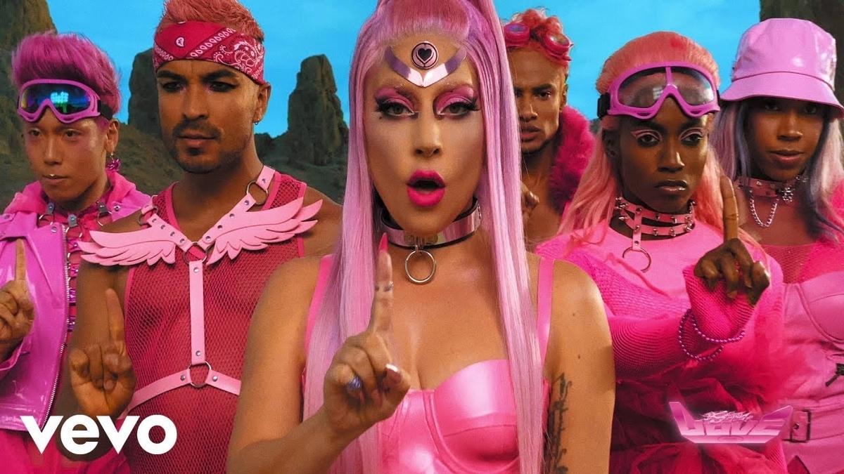 Lady Gaga - Stupid Loveの歌詞和訳まとめ