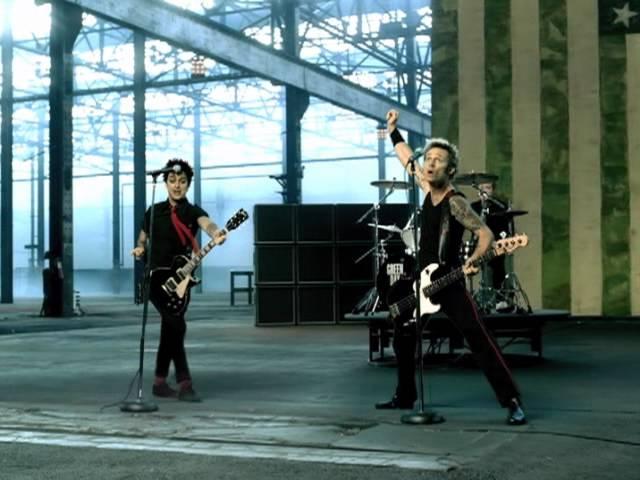 Green Day - American Idiotの歌詞和訳まとめ