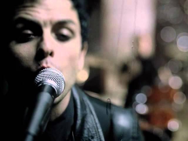 Green Day - Boulevard of Broken Dreamsの歌詞和訳まとめ