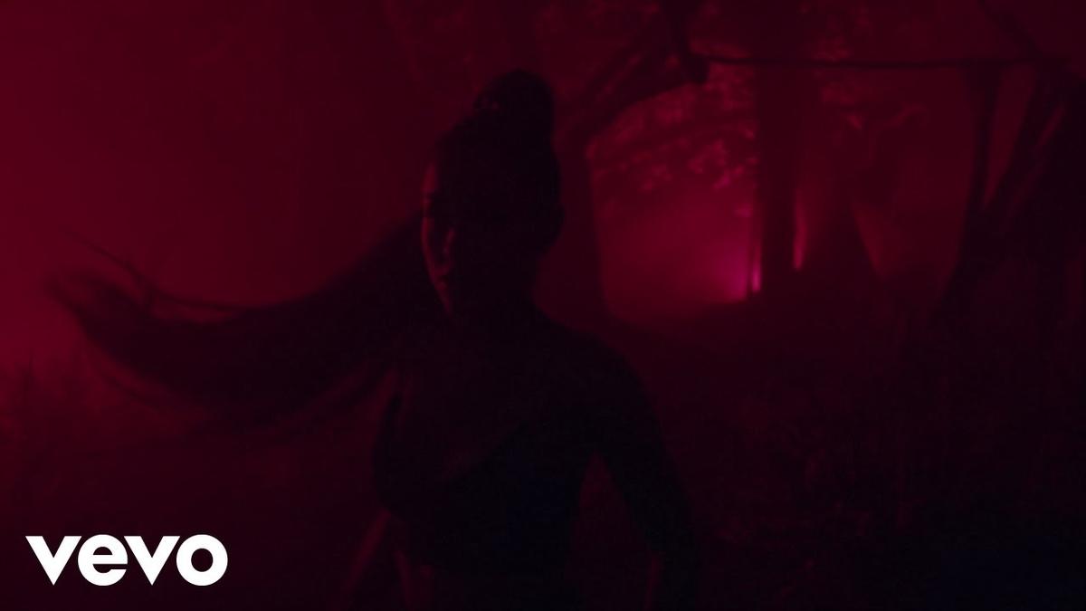 Ariana Grande - the light is coming feat. Nicki Minajの歌詞和訳まとめ