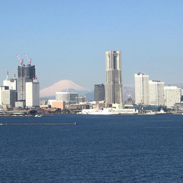 みなとみらいと富士山