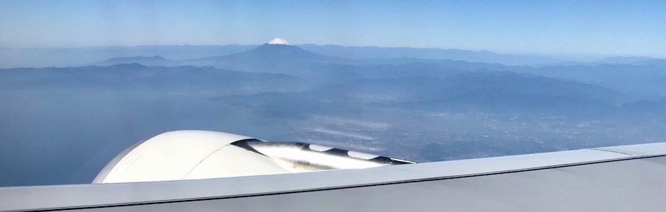 銀翼と富士山