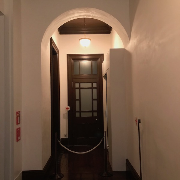 美術館の廊下