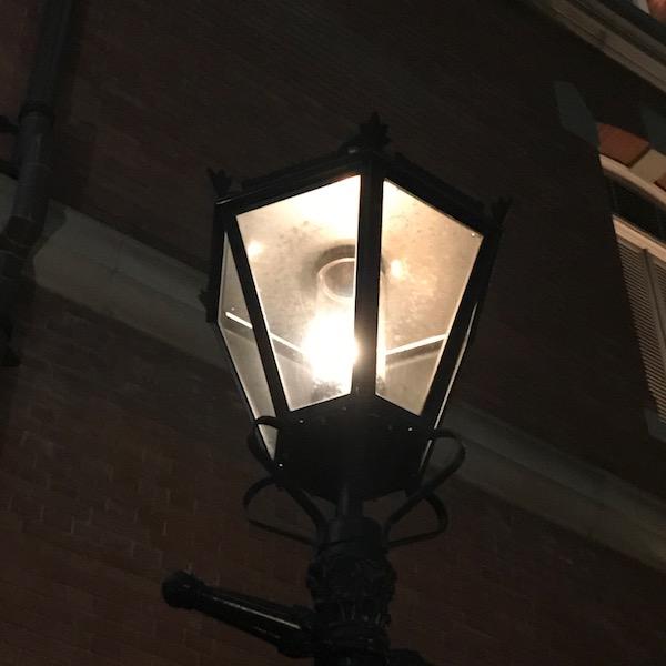 ガス灯風の街灯
