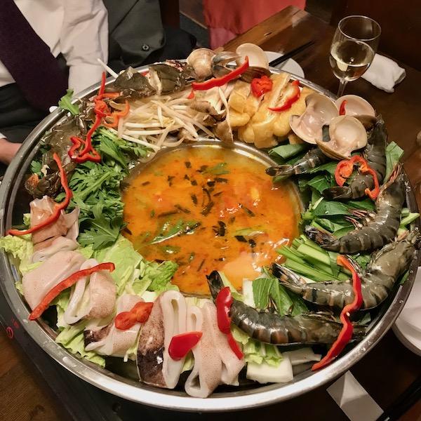 ベトナム海鮮鍋